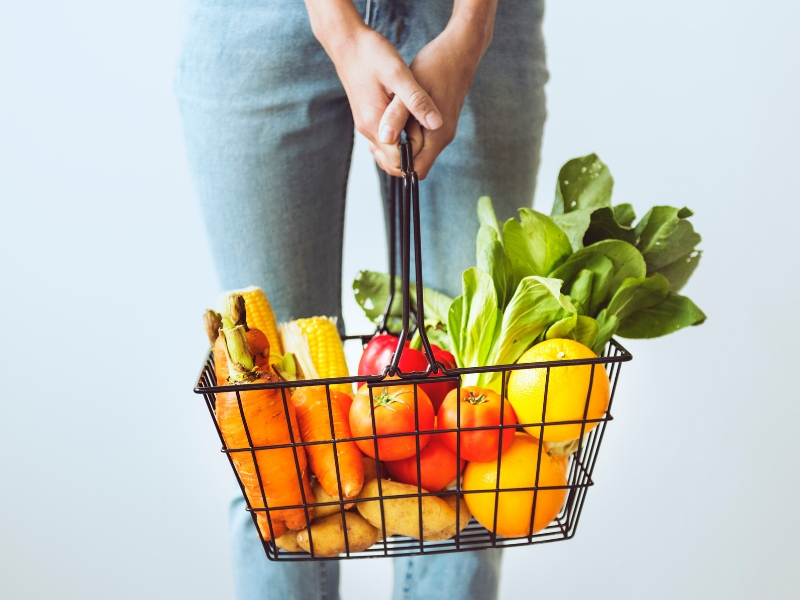 How to Get Free Groceries (Without Coupons or Apps)